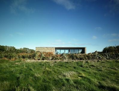 Carnivan house fethard on sea by aughey o flaherty for 24543 vantage point terrace