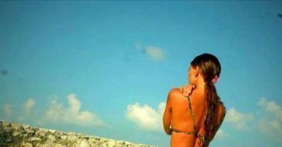 Belen alle Maldive: sole, mare e lato b in Mostra | culi femminili | Scoop.it