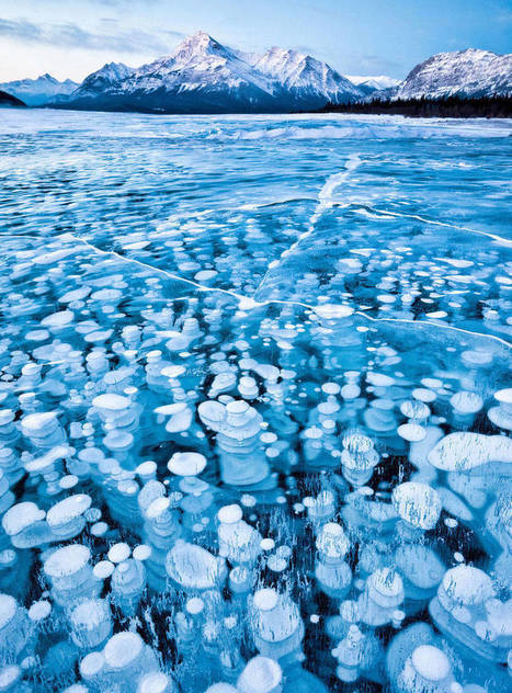 16 Absolutely Stunning Lakes Once They've Frozen Over | Life @ Work | Scoop.it
