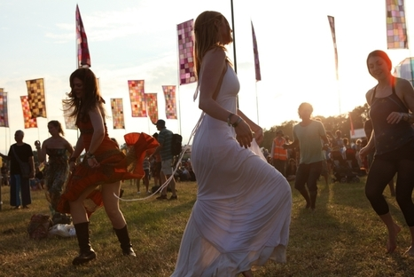 Dancing in fields, camping and pop culture | Evolution of Music Festivals | Scoop.it