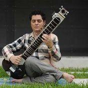 Música clásica de la India muestra su versatilidad de la mano de ... - La Nación Costa Rica   Música Clásica - Coro Rorate Caeli   Scoop.it