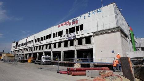 Migrants: le plus gros centre de transit européen ouvre à Paris | Construction et gestion d'installations temporaires | Scoop.it