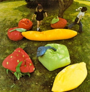 Vintage diagram sewing pattern-huge or small fruit shape floor cushions-pdf email dleivery | Kitsch | Scoop.it