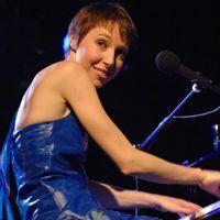 Avortement : Jeanne Cherhal répond en chanson à Colonel Reyel | Le Journal de la Télé - Nostalgie | Scoop.it