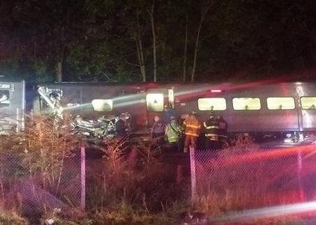 Train derailment near Merillon Avenue station on Long Island | EM 421 Medical Disaster and Emergency Management | Scoop.it