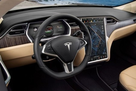 Tesla Model S to go semi-autonomous: Musk foresees a future where human driving is illegal | Gizmag | Cultibotics | Scoop.it