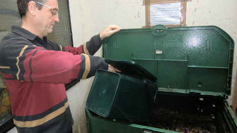 A Paris, ils font du compost au pied de leur immeuble - Dossier Développement durable - TF1 News | Comportement durable | Scoop.it