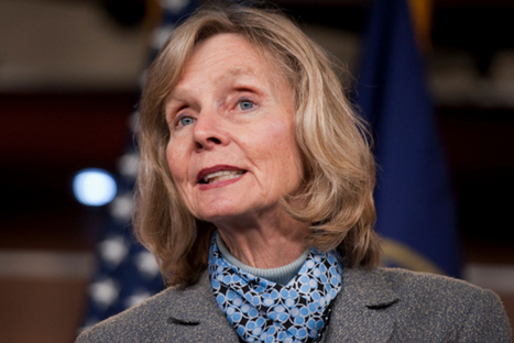 Congresswoman Introduces Bill to Regulate Excessive Photoshop Use | Livres photo | Scoop.it