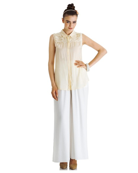 Buy the exclusive 'ivory inset' lace top from Stylista   Stylista   Scoop.it