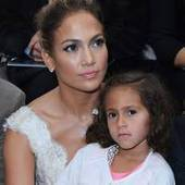 Jennifer Lopez's daughter 'loves clothes and fashion' - USA TODAY | Jennifer Lopez Fashion Icon - ENGCMP1150 | Scoop.it