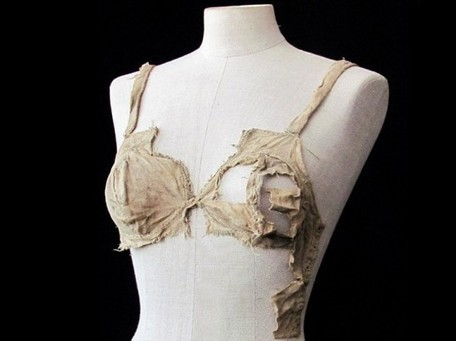 "Medieval ""Lingerie"" From 15th Century Castle Stuns Fashion Historians 