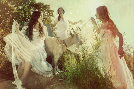 Brides of Xtabay | Fashion photographer: Holly Andres | PHOTOGRAPHERS | Scoop.it