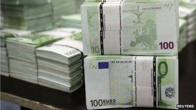 ECB cuts rates and launches stimulus | F582 The National & International Economy | Scoop.it