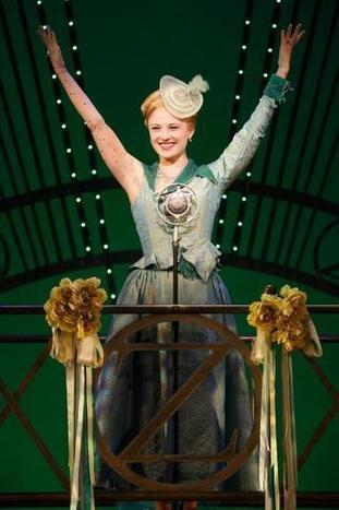 Child actress Hayley Podschun grows up, returns home with 'Wicked' - KansasCity.com   OffStage   Scoop.it