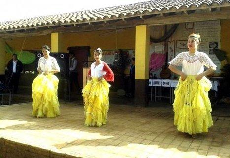 Estudiantes celebran el Día del Folclore   ABC (Paraguay)   Kiosque du monde : Amériques   Scoop.it
