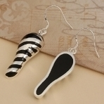 Dangle Earrings | jung33fe | Scoop.it
