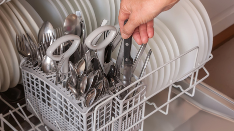Cutlery down or up? The eternal dishwasher debate solved | Kickin' Kickers | Scoop.it