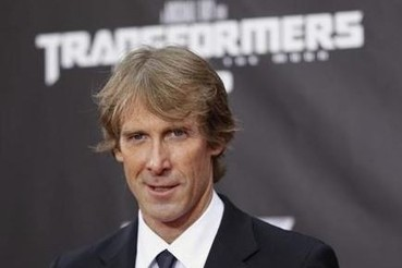 Director Michael Bay Walks Off CES Stage after Teleprompter Glitch [VIDEO] | International Business Times, India Edition | Scoop.it