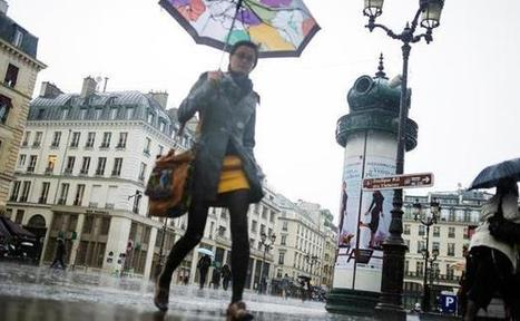 Paris: La météo maussade n'a pas freiné la fréquentation touristique - 20minutes.fr   tourisme   Scoop.it