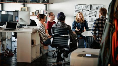 How Women Leaders Emerge From Leaderless Groups | Network Leadership | Scoop.it