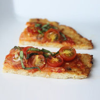 Go Grain-Free With a Low-Carb Cauliflower Pizza Crust | paleo | Scoop.it