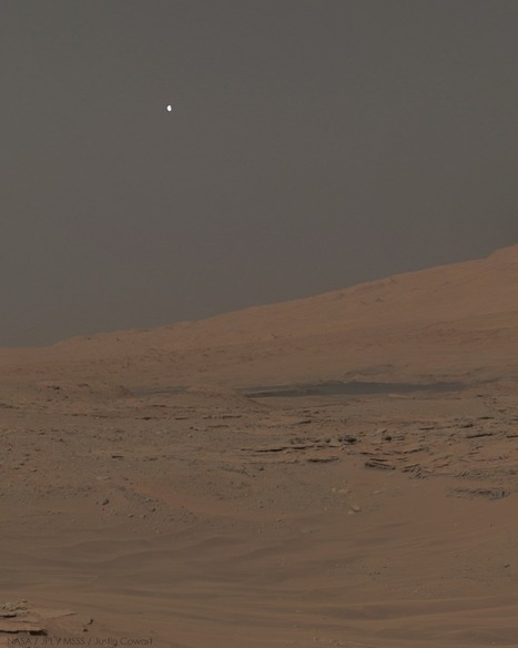 Moonset over Mars (Mount Sharp between sol 610 and 613) | pixels and pictures | Scoop.it