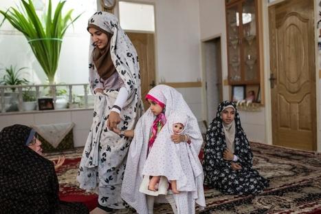 Jeunesses iraniennes, jeunesses interdites | Slate | Beautifully Dressed Up | Scoop.it