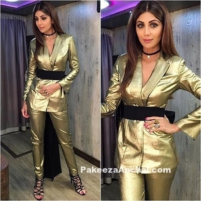 Shilpa Shetty in metallic Gold Outfit BY Nikhil Thampi | Indian Fashion Updates | Scoop.it