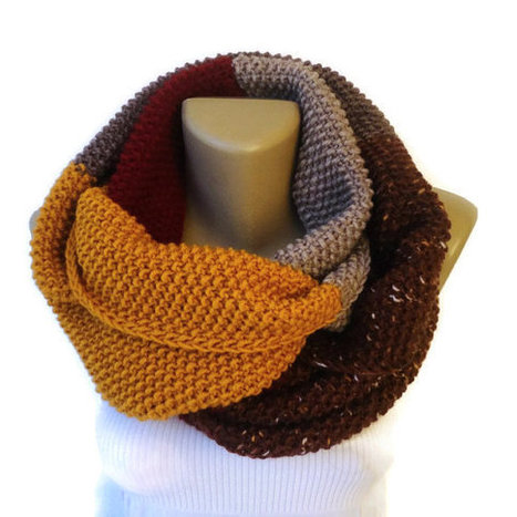 winter scarf / unisex / knit infinity scarf / eternity scarf / chunky scarf / fall fashion / gift ideas | scarf | Scoop.it