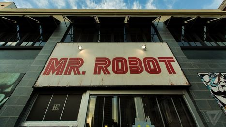 Mr. Robot VR experience isn't a gimmick — it's true storytelling | 3D Virtual-Real Worlds: Ed Tech | Scoop.it