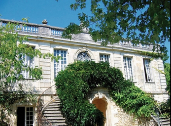 "Bordeaux chateau demolished ""by mistake"" 