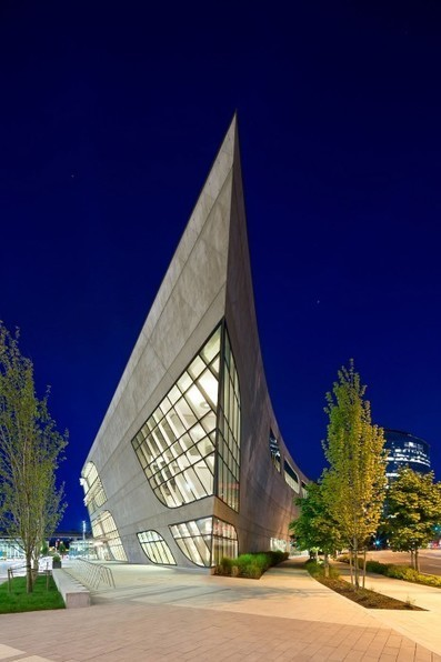 A curved concrete library in British Columbia | D_sign | Scoop.it