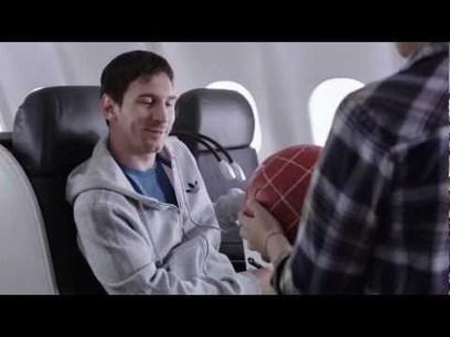 """Leo Messi y Kobe Bryant, unidos en un spot de Turkish Airlines """"luchando"""" por la atención de un niño   Deportes   Scoop.it"""