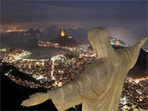 Interesting Photo of the Day: Christ Statue Over Rio at Night   Inspirationly   Scoop.it