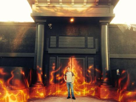 HOLY CRAP!!  Look at the new paint job on the outside of the NEW PHOENIX NIGHTCLUB! | Gay Vegas Daily | Scoop.it