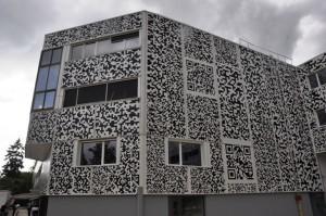 1000m2 de facade QRcode en découpe adhésive | QRdressCode | Scoop.it