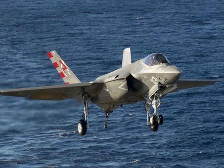 "US navy Secretary ""F-35C should be Navy's last manned strike jet"" | Military Aviation & Technology | Scoop.it"