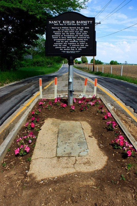 Indiana's Famous Grave in the Middle of the Road | Strange days indeed... | Scoop.it