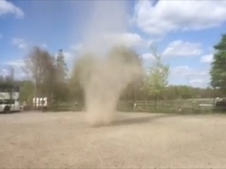 Video captures mini tornado in Tayside | My Scotland | Scoop.it