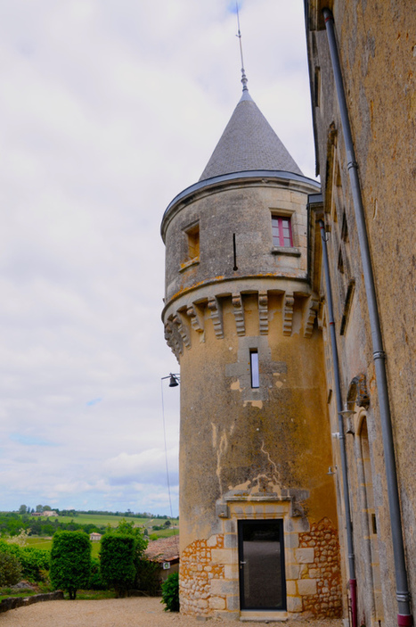 Open Doors in Bourg - Affordable Bordeaux | Traveling in Bordeaux Wine Country | Scoop.it