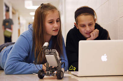 Norridge robotics class teaches teamwork | Single Parenthood | Scoop.it