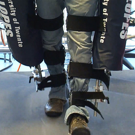 Exoskeleton robotic legs train stroke victims to walk again - DVICE | Exoskeleton Systems | Scoop.it