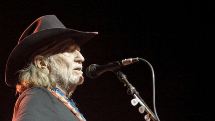 Willie Nelson Donates Collection to the University of Texas | The New York Times | Kiosque du monde : Amériques | Scoop.it