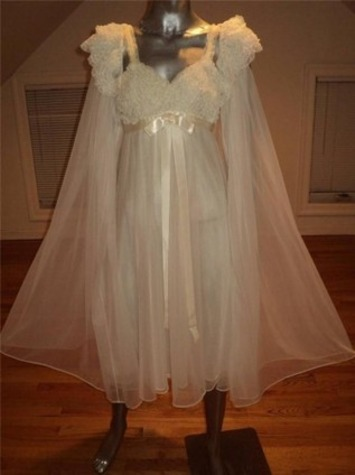 Ah, To Be A Vanity Fair Bride... | Lingerie Love | Scoop.it