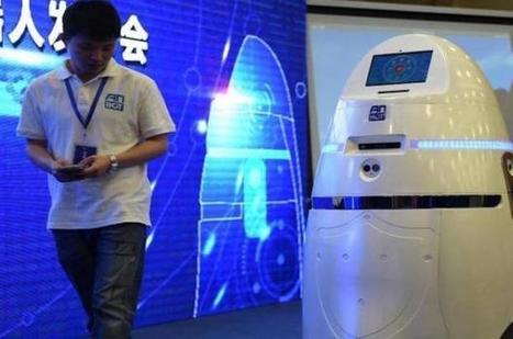 China is the first to have an autonomous police robot, with a taser | Business Video Directory | Scoop.it