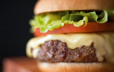 Cómo hacer una clásica hamburguesa americana   Probemos   Scoop.it