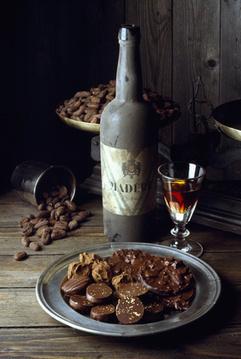 Lauranie Nonotte, sommelière du chocolat : « Pourquoi des chocolats à la Saint-Valentin ? le chocolat met en éveil nos 5 sens… » - Tables & Auberges de France | MILLESIMES 62 : blog de Sandrine et Stéphane SAVORGNAN | Scoop.it