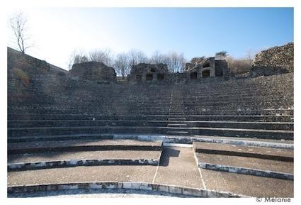 Point d'ouïe - Théatre Antique, Amphitéatre Gallo romain - |yon | DESARTSONNANTS - CRÉATION SONORE ET ENVIRONNEMENT - ENVIRONMENTAL SOUND ART - PAYSAGES ET ECOLOGIE SONORE | Scoop.it
