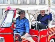 Pastoor wijdt Vespa's - VESPA FANS | The Daily Vespafans | Scoop.it