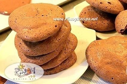 Chocolate Meringue Cookies Recipe - Filipino Recipes Portal | Filipino Recipes Collection | Scoop.it